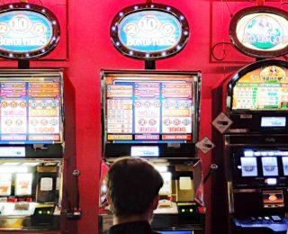 Gioco d'azzardo, pubblicati i dati ufficiali del 2019. Sul sito di Avviso Pubblico la sintesi del Libro Blu